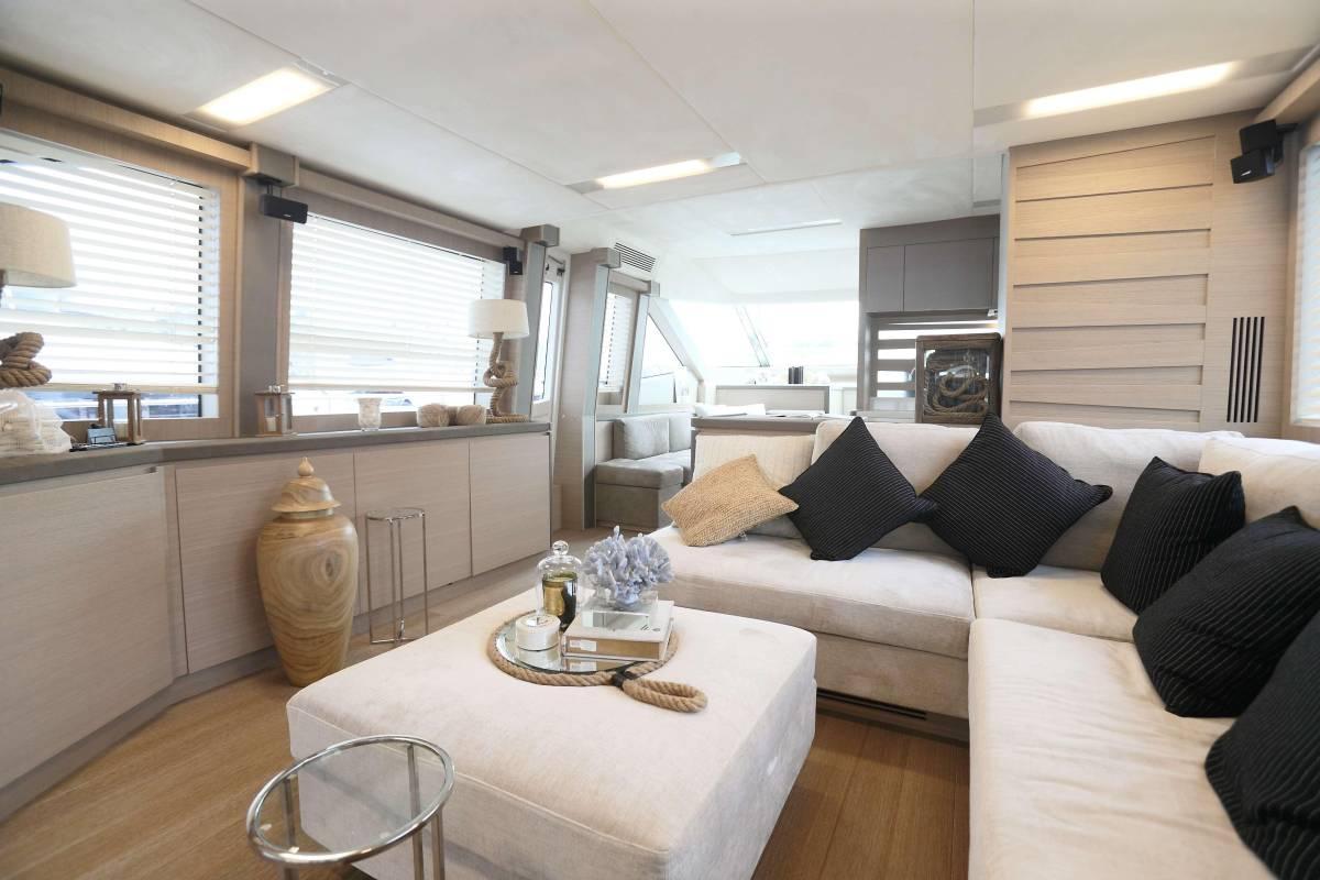速報!!2015年モデル Monte Carlo Yacht70 ワンオーナー極上艇!!_画像8