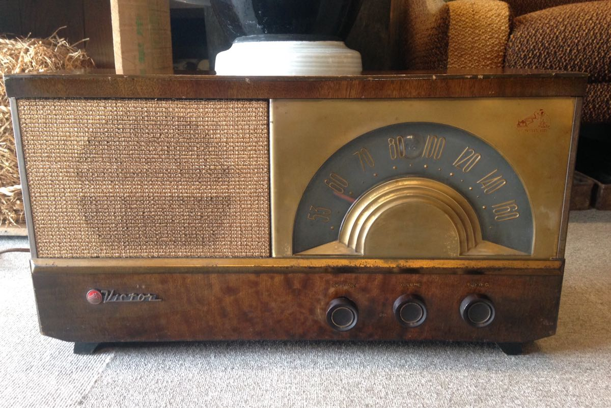 真空管ラジオ ビクター VICTOR R-619 ビンテージ アンティーク ジャンク