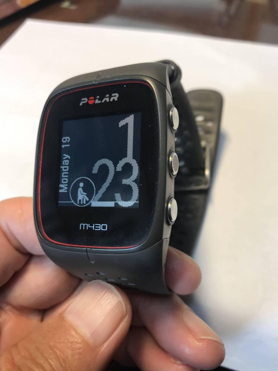 Polar M430 手首型心拍計、GPS付きランニングウォッチ 黒
