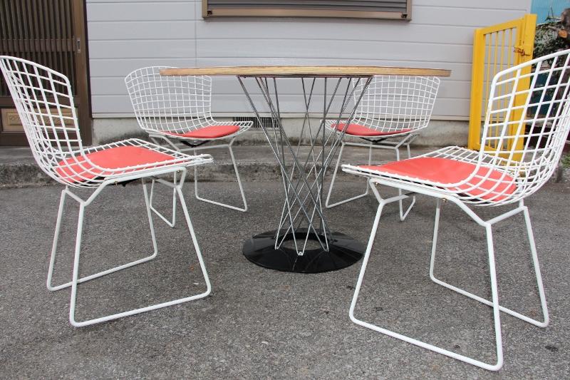 The final exhibition. Classy Koll Nord Ltd. Harry belt layer-side shell 4 chairs Isamu Noguchi cyclone Table 5 piece set Isamu Noguchi Eames