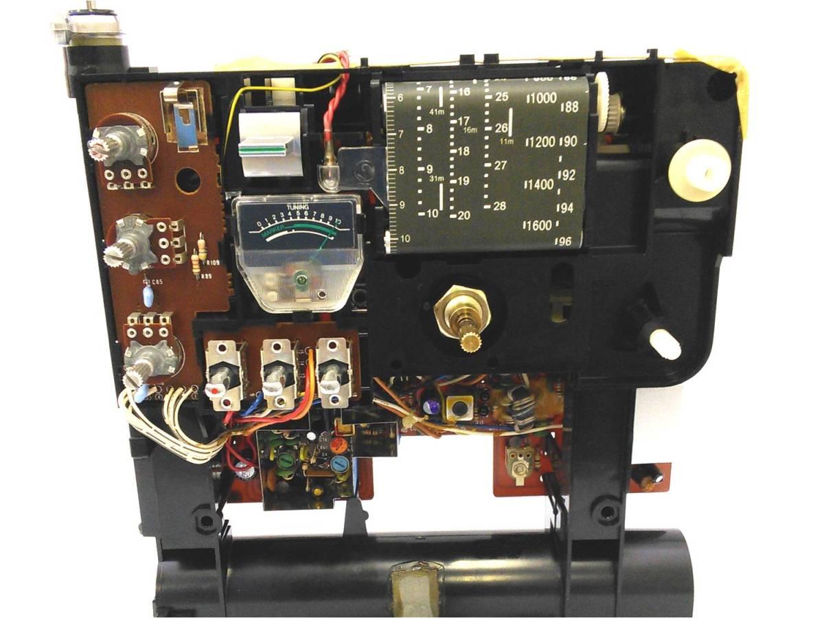 """昭和の名機""""復活""""Sony SkySensor ICF-5900 (Wide FM、レストア・美品)_画像9"""
