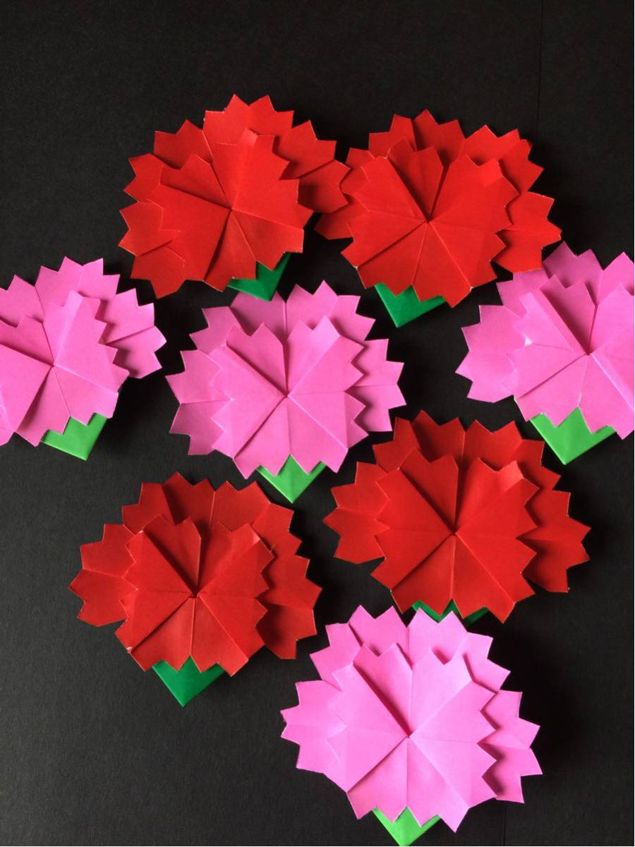 壁面飾り★カーネーション 赤 ピンク 保育園・児童館・病院掲示板に 8枚1セット 折り紙