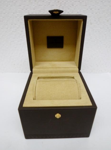 ◆LOUIS VUITTON ルイヴィトン 保存箱 空箱 箱のみ 腕時計◆_画像5