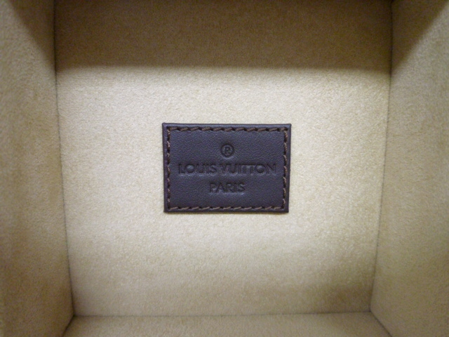 ◆LOUIS VUITTON ルイヴィトン 保存箱 空箱 箱のみ 腕時計◆_画像6
