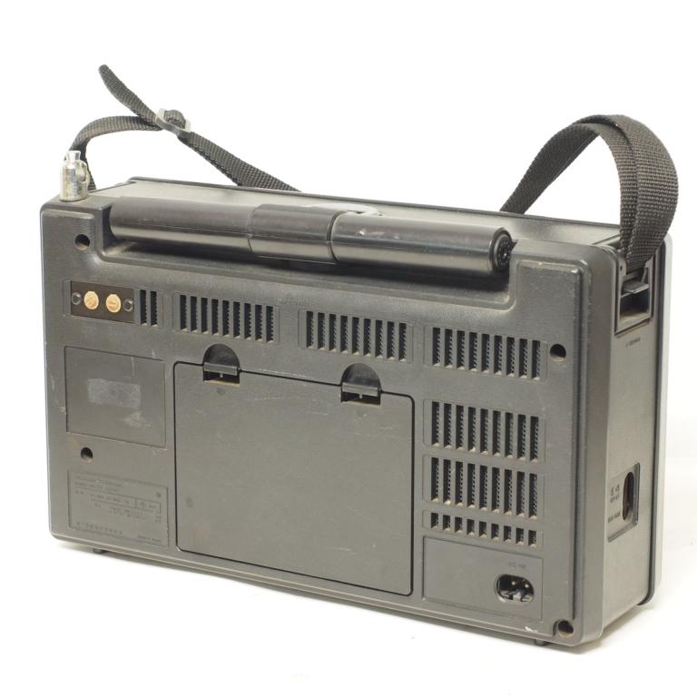 O) 短波ラジオ COUGAR RF-2200 パナソニック ジャンク_画像2