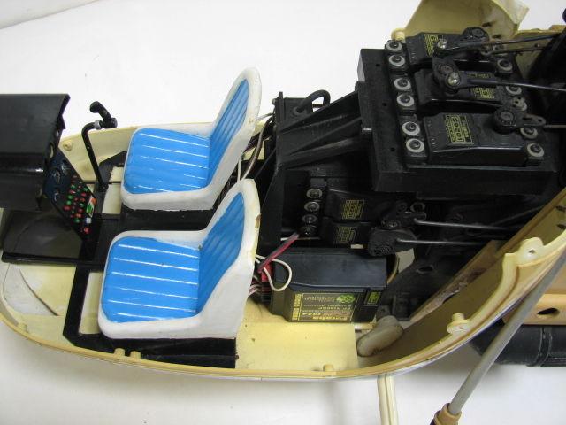 ヒロボー ラジコン エンジンヘリ ラマ SA-315B フタバ PCM1024H MAX 32F-HS/GOLDee GV-60/予備パーツ ジャンク_画像5