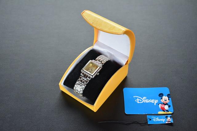 古い腕時計 DISNEY ミニーマウス 未使用 検索用語→AディズニーミッキーマウスMICKEY_画像1