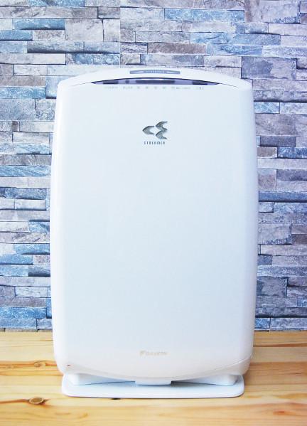 送料無料 ダイキン DAIKIN 加湿空気清浄機 ACK55N-W うるおい光クリエール