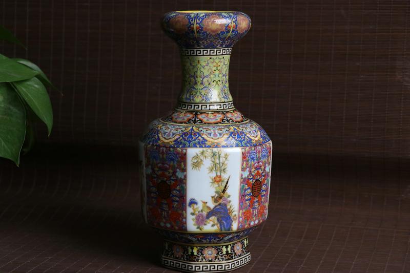 稀少珍品 貴重 陶磁器 琺瑯彩 描金 花鳥紋 花瓶 花器 文房賞物 年代物 極上品 在銘