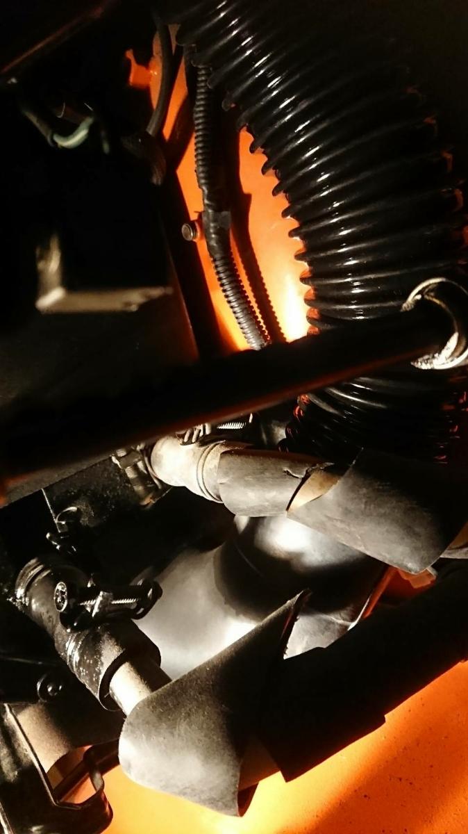 蛇腹 ジャバラ ヒーターホース TOYOTA FJ40 FJ43 BJ40 BJ43 トヨタ ランクル40 landcruiser heater horse 新品 左右2本 _運転席側からの立ち上げの部分です。