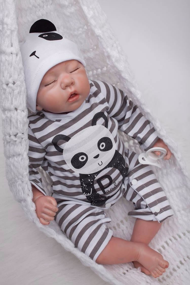 【送料無料】リボーンドール 男の子 高級 海外 赤ちゃん人形 ベビー人形 ベビードール 抱き人形 衣装付き 綿&シリコン50cm