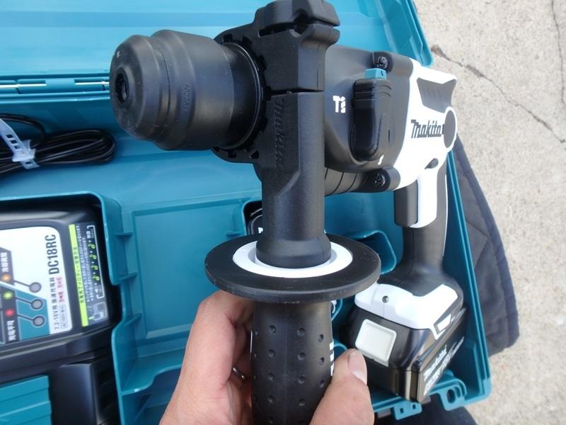 即決税込未使用品マキタ18V6,0Ah充電ハンマドリルHR165DRGX予備電池付_画像4