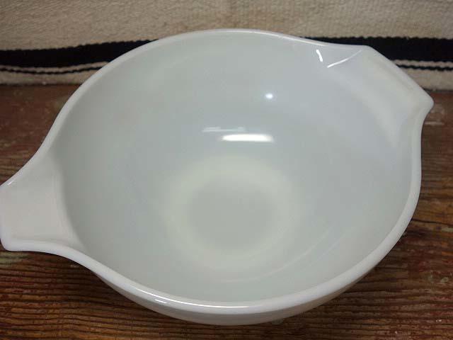 オールドパイレックス シンデレラボウル(L)バタフライゴールド 997 美品 ミルクガラス ミキシング ビンテージ_画像2