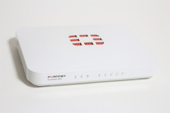 prompt decision price! FORTINET FORTIGATE FG-30D 2014 year
