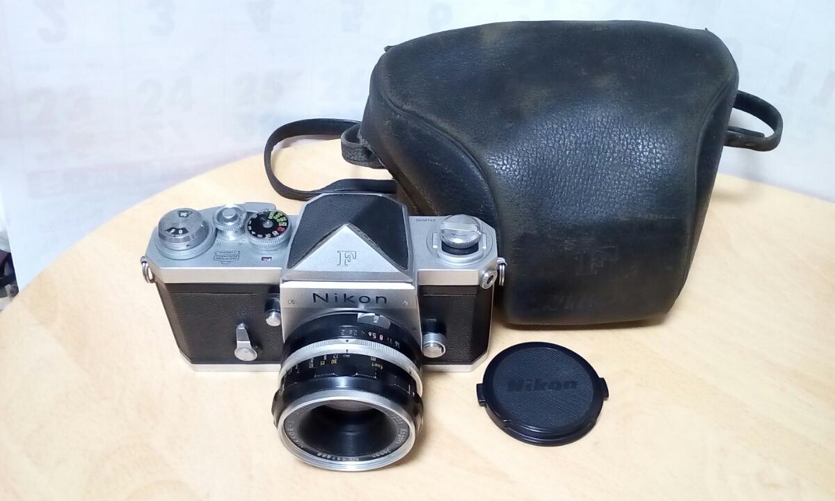 Nikon F (最初期型640Fに近い64102-です) NIKKOR-S Auto 1:2 f=5cm ケース付き