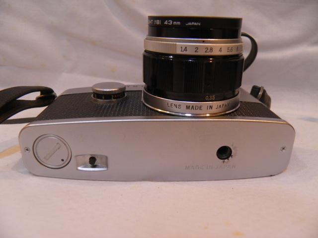 ・優良古物 オリンパスペンF+レンズ ズイコー 1:1.4 f=40㎜ フード、ソフトケース付 稼動品_画像4