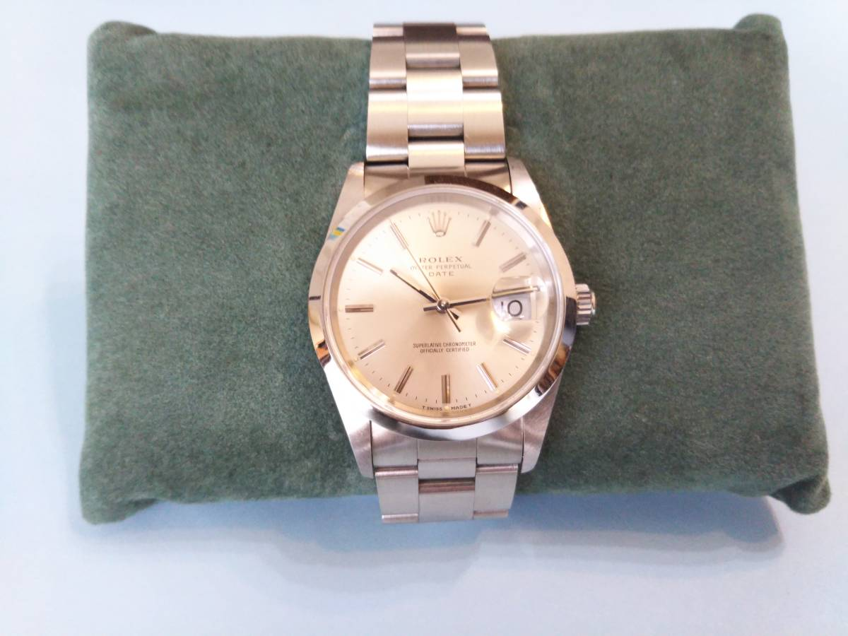 ☆ ROLEX OYSTER PERPETUAL DATE ☆ 形式15200 中古