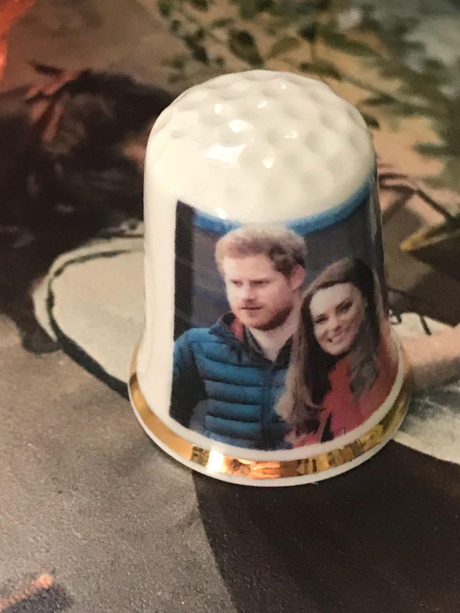 新品◆英国製シンブル指貫◆ヘンリー王子&ウイリアム王子 2017_画像2