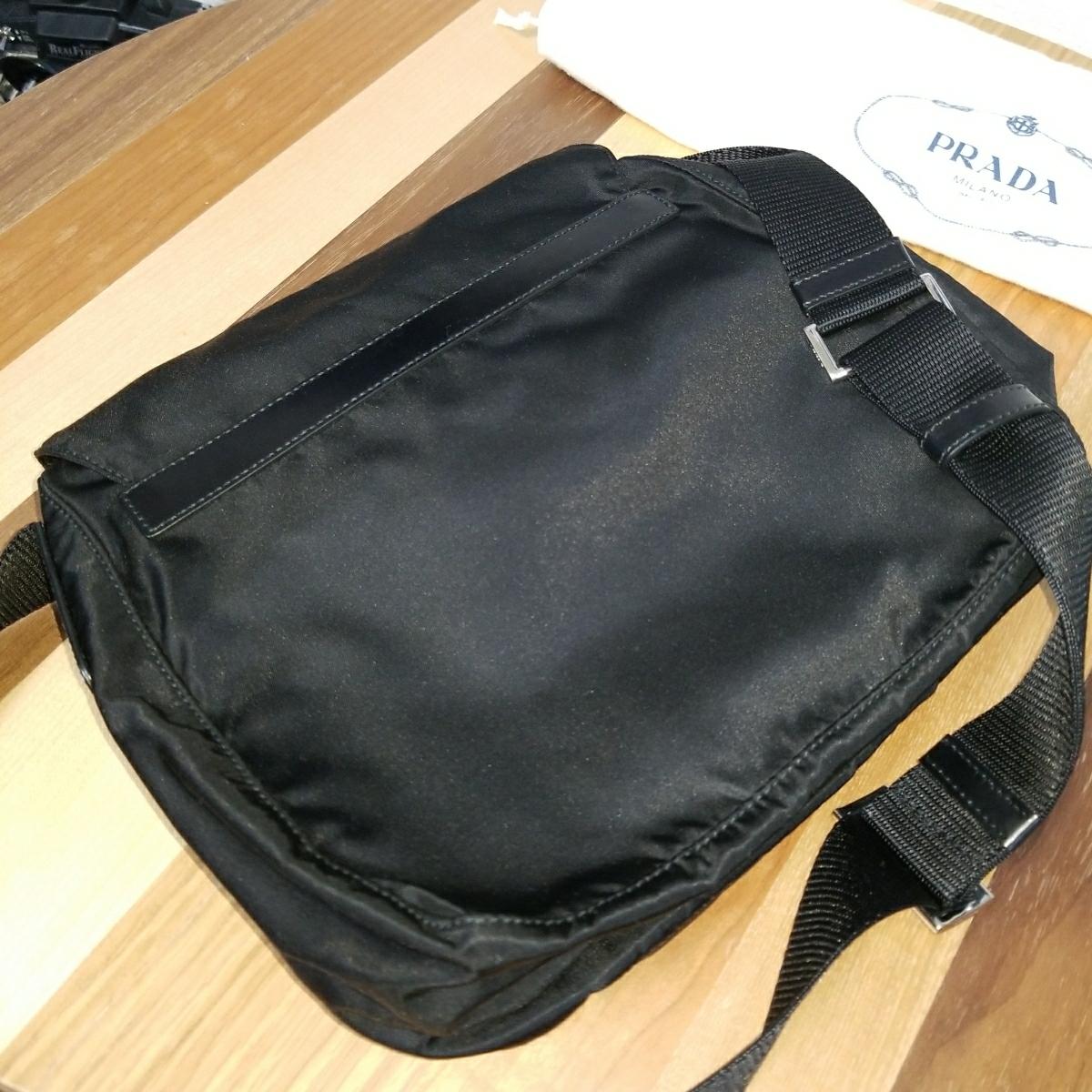 【正規品】新品 PRADA プラダ ショルダーバッグ 保存袋・ギャランティカード付 気持ち良く使って頂けます_画像3