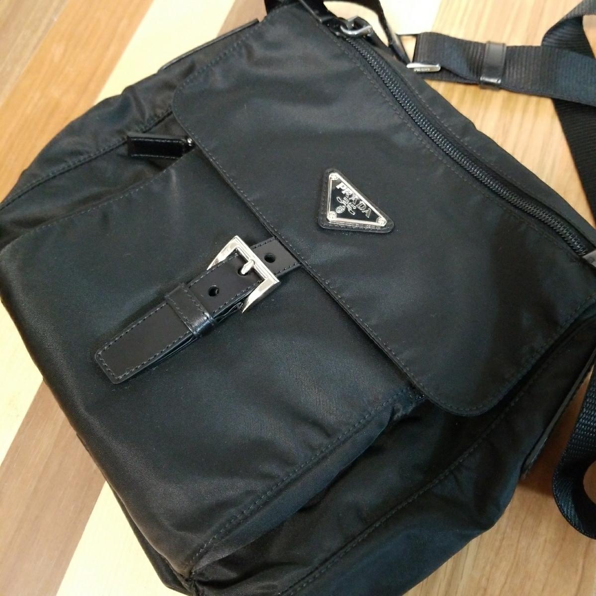 【正規品】新品 PRADA プラダ ショルダーバッグ 保存袋・ギャランティカード付 気持ち良く使って頂けます_画像8
