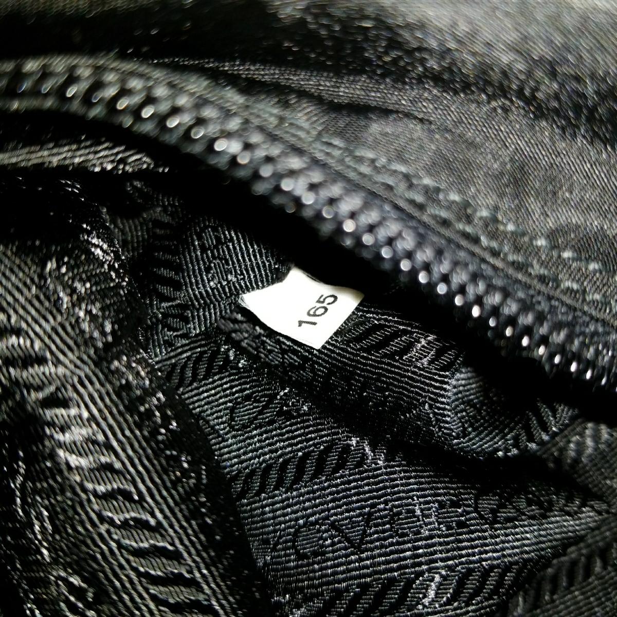 【正規品】新品 PRADA プラダ ショルダーバッグ 保存袋・ギャランティカード付 気持ち良く使って頂けます_画像10