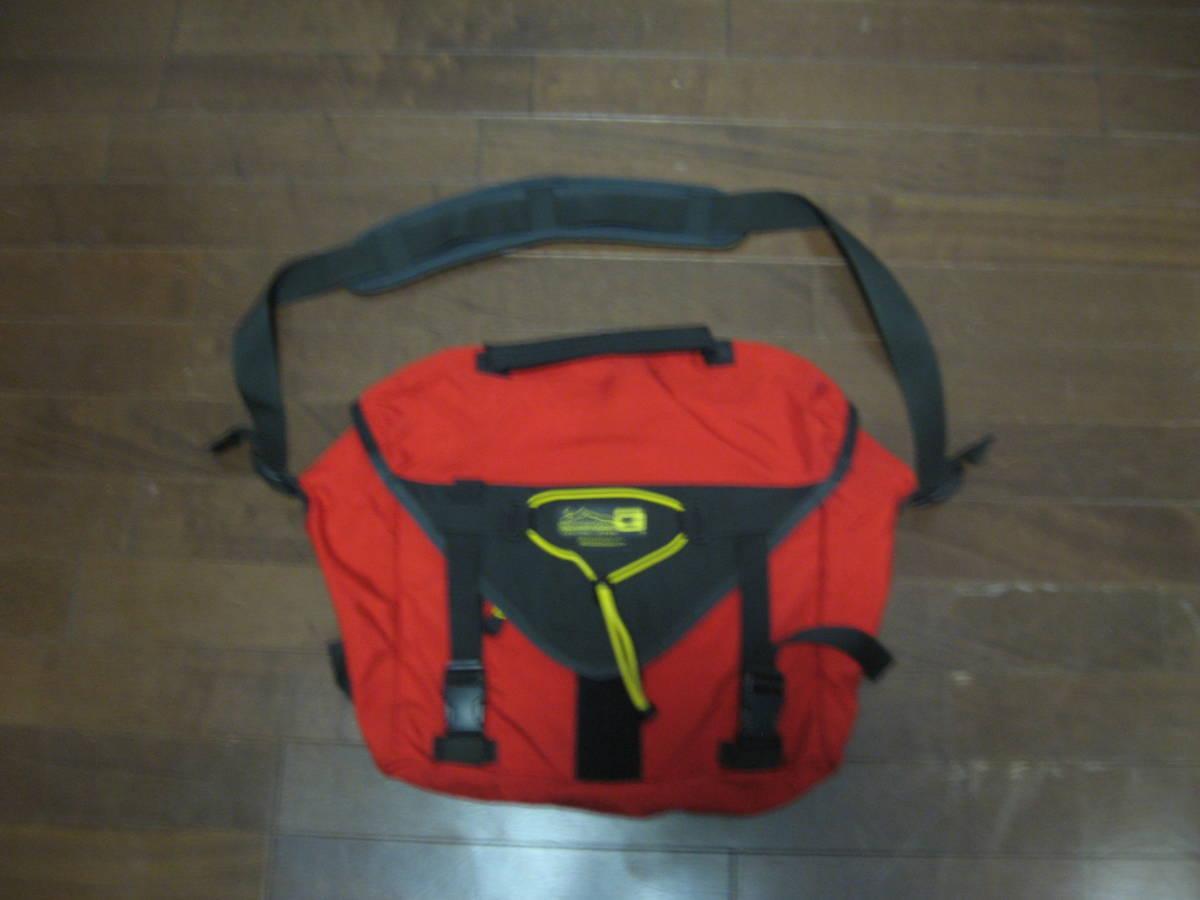 old tag mountain Smith MOUNTAIN SMITH messenger bag USA made