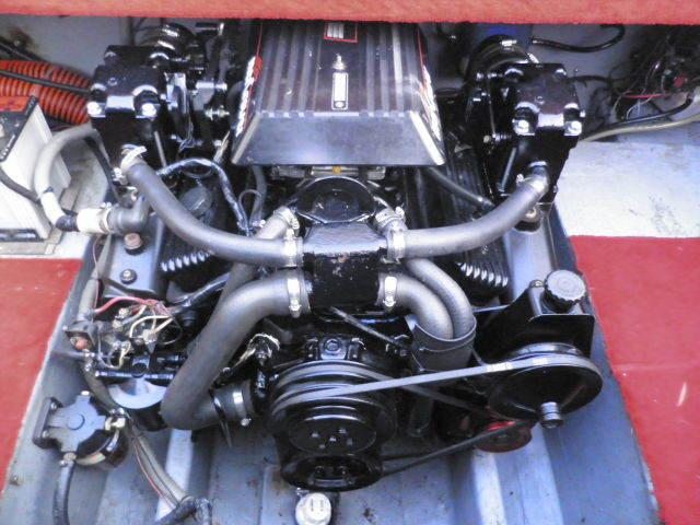 BAJA 216 DVX フェラーリレッドのオールペン済み!リビルトエンジン5.0L_画像10
