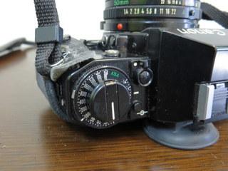 【2513】 Canon (キヤノン) 一眼レフ フィルムカメラ A-1 24mm・100-300mmレンズ その他付属多 中古_画像4