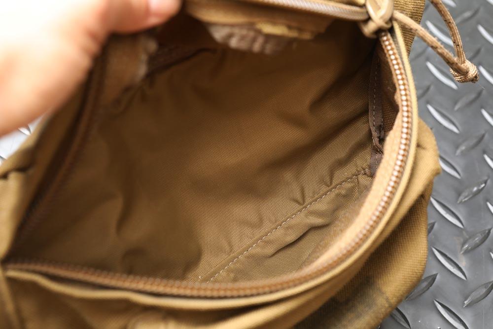 【送料無料】実物Eagle Industries イーグル ERB-COY Berry Bag ベリーバッグ COYOTE コヨーテ【MARSOC】_画像4