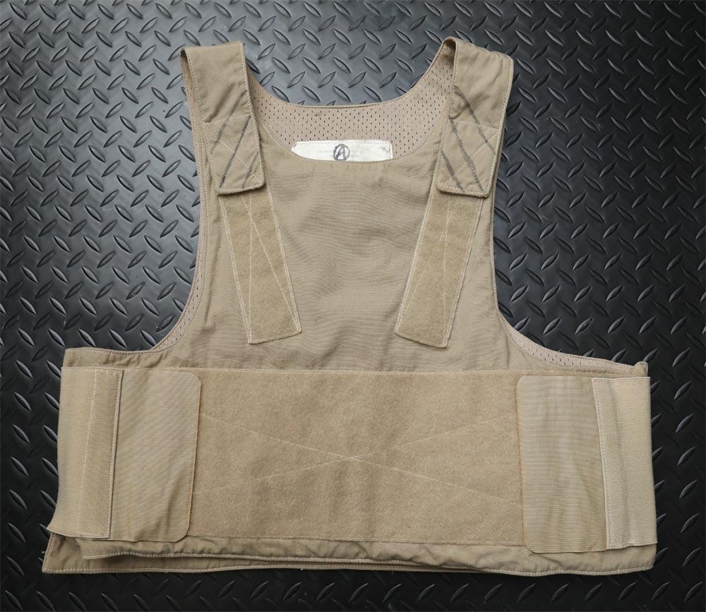 【送料無料】Safariland サファリランド Low Vis Body Armor ロウビズボディアーマー M/Rサイズ【MARSOC】