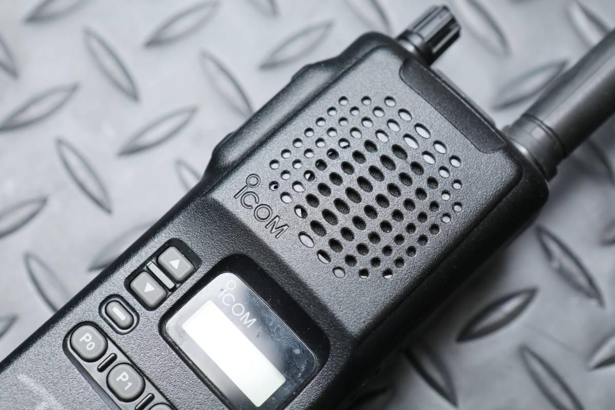 【送料無料】アイコム icom IC-F3S ジャンク品 【初期アフ】_画像2