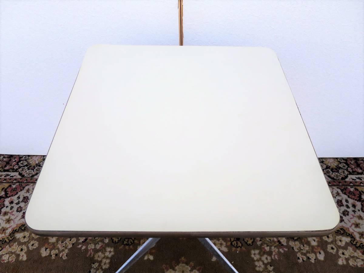 ビンテージ herman miller社製 スクエアサイドテーブル 白 US ヴィンテージ キャスター 正方形 イームズ ハーマンミラー ミニテーブル_画像3