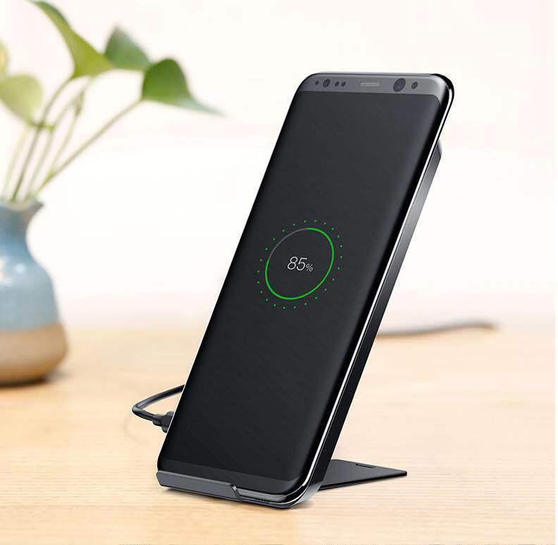 ワイヤレス充電器 Qi対応 置くだけ充電 二つのコイル 急速充電 スタンド機能 ワイヤレスチャージャー 最大10W iPhone Galaxy S8 S9