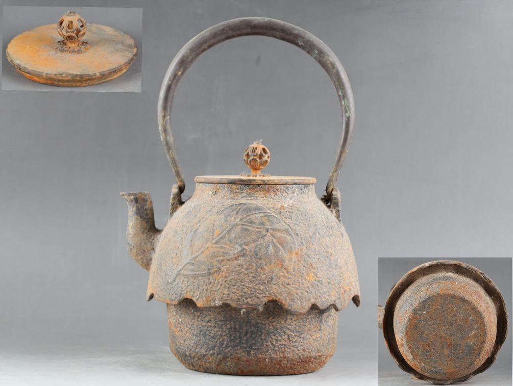 古美術品 時代 樹葉紋 尾垂形鉄瓶 唐銅蓋 煎茶道具_画像1