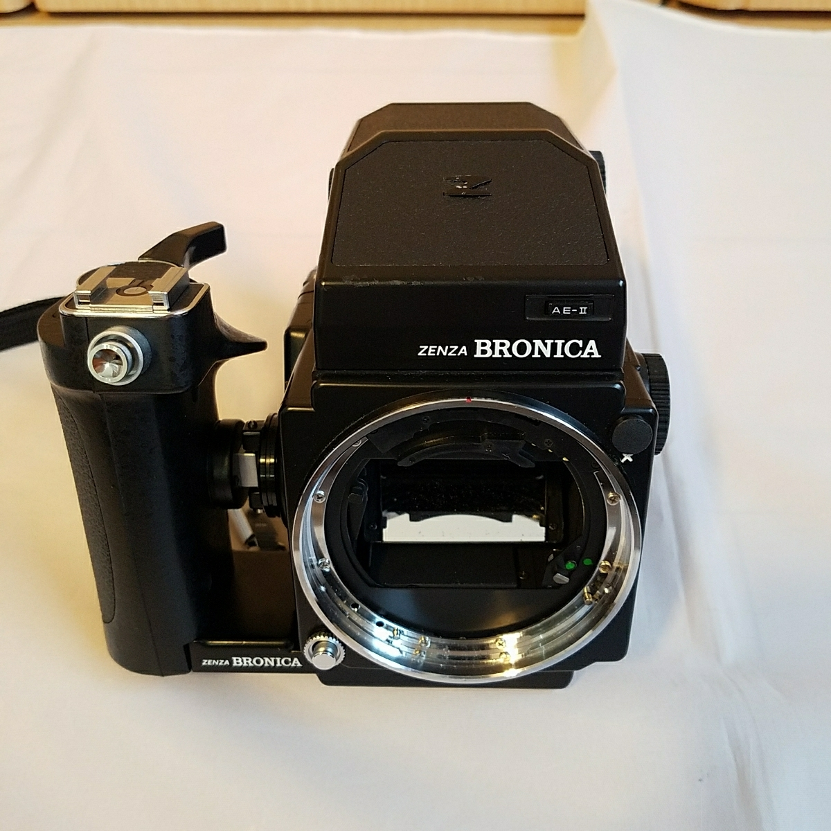 ブロニカ ZENZA BRONICA ETRS フィルムカメラ おまけ付き_画像2