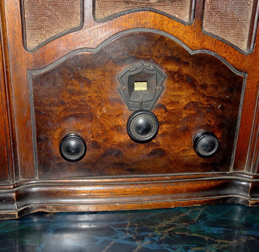 古い真空管式ラジオ/その①_画像2