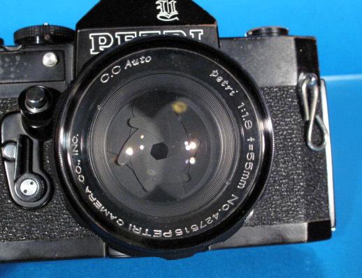 ★PETRI V6 ブラック★ C.C Auto prtri F1.8 55mm ★ジャンク★_画像5