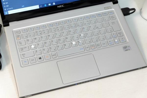 SSD搭載 Windows10☆yg 即決/COREi5-3337U/4GB/Office2016/HDMI搭載/即日発送☆_画像2
