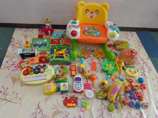 送料無料 アンパンマン おもちゃ まとめて 0歳 3ヵ月 1歳 1歳半  中古 しまじろう フィッシャープライス がちゃがちゃ等