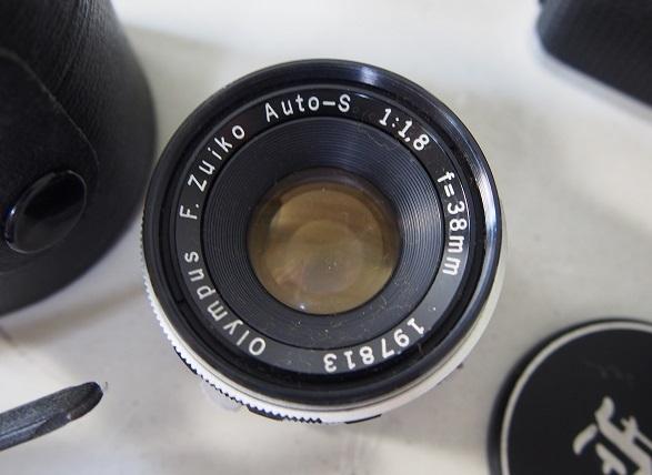OLYMPUSオリンパス PEN-F ボディ+レンズ2個 中古ジャンク品_画像2