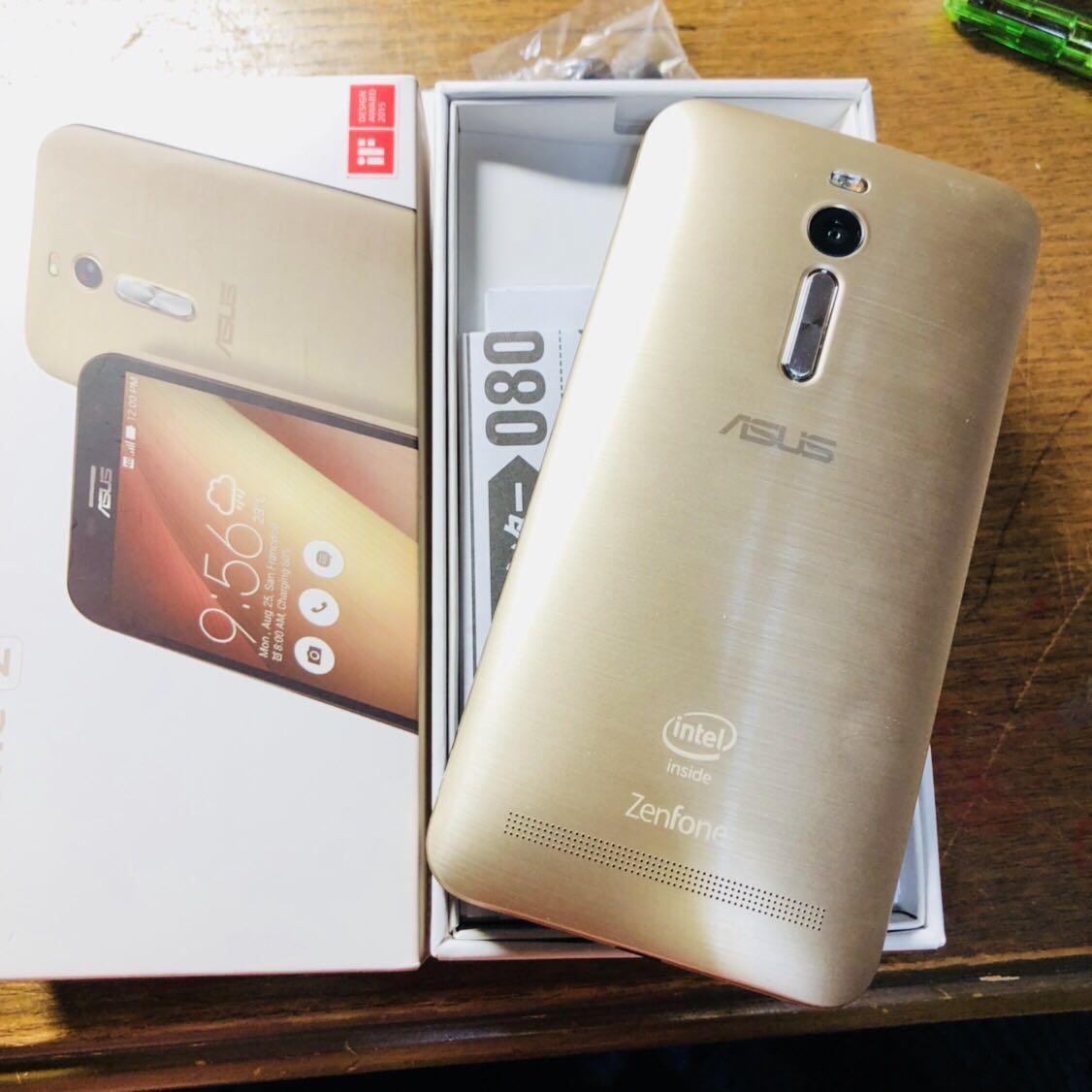 (美品)国内版 SIMフリーASUS Zenfone2 5.5インチ ( ZE551ML) 32GB LTE ブラック Dual SIM 反応 ゴールド_画像3