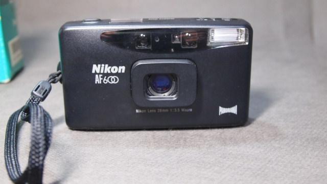 ★Nikon ニコン・ミニ AF600QD パノラマカメラ 元箱 ケース付き 動作品!