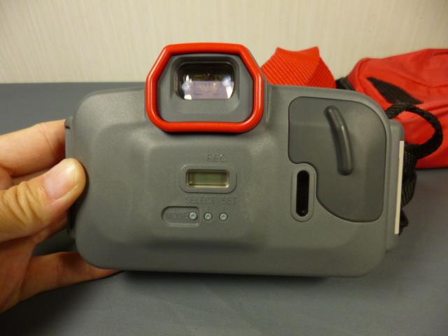 ジャンク CANON キャノン AUTOBOY D5 水中カメラ 防水 カメラケース付_画像3