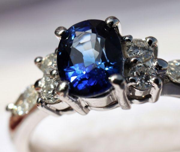 Pt900 プラチナ 天然サファイア 0.90ct 天然ダイヤモンド0.25ct リング ■サイズ10.5号 指輪 サファイヤ_画像2