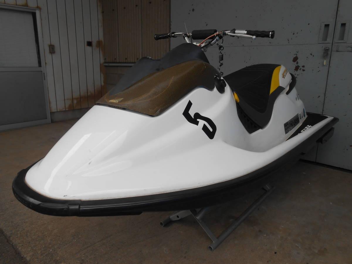 「sea doo シードゥ SPX カーボンハル新造艇 完全なレース艇」の画像1