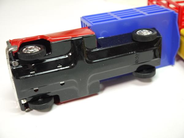当時物 ブリキ 貨物車 3色セット 日本製 フリクションモーター 動力 車 昭和レトロ ビンテージ おもちゃ 玩具 希少 レア _画像4