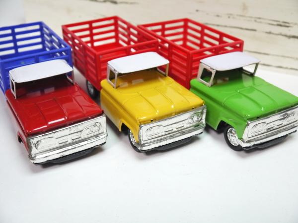 当時物 ブリキ 貨物車 3色セット 日本製 フリクションモーター 動力 車 昭和レトロ ビンテージ おもちゃ 玩具 希少 レア _画像2