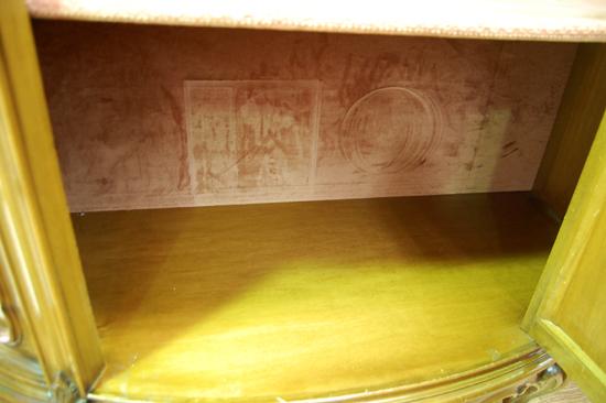 札幌限定 コレクションケース キャビネット 飾り棚 アンティーク調 猫足 鍵付き 札幌市内近郊配達可能_画像4