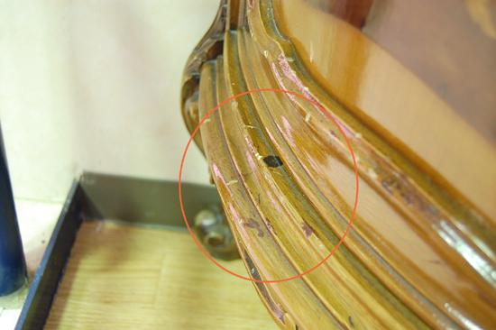 札幌限定 コレクションケース キャビネット 飾り棚 アンティーク調 猫足 鍵付き 札幌市内近郊配達可能_画像9