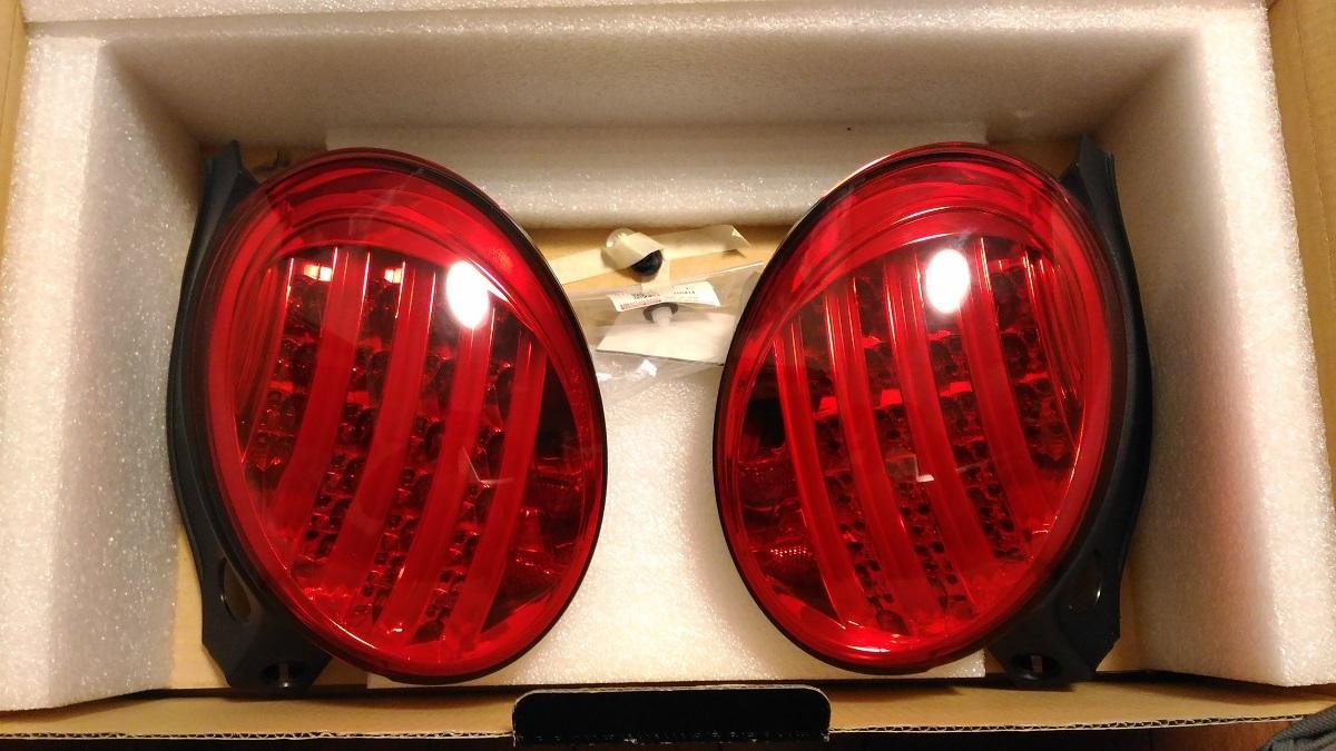 ダイハツ コペン COPEN L880K 中古 SHARK製 シャーク LEDテールランプ レッド DA3-632